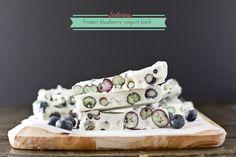 frozen blueberry yogurt bark - dashofbutter.com