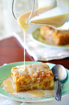 Kent Rollins' Bread Pudding With Whiskey Cream Sauce Kent Rollins Brotpudding mit Whisky-Sahne-Sauce Pudding Recipes, Bread Recipes, Cooking Recipes, Pudding Corn, Suet Pudding, Biscuit Pudding, Figgy Pudding, Tapioca Pudding, Butterscotch Pudding