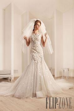 Rami Kadi 2012 koleksiyonu - Gelinlik - http://tr.flip-zone.com/fashion/bridal/the-bride/rami-kadi-2775