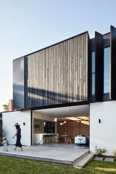 Northcote Residence by Project 12 Architecture - Residential Extension - Modern Design Architecture Extension, Architecture Durable, Architecture Résidentielle, Sustainable Architecture, Contemporary Architecture, Australian Architecture, Bungalow, Style At Home, Victorian Homes