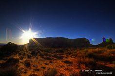Photographies de Monument Valley Park de la Nation Navajo. The photographs have been taken just before sunset.
