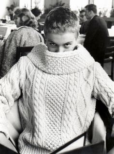 To know more about Jean Seberg Jean Seberg visit Sumally, a social network that gathers together all the wanted things in the world! Featuring over 8 other Jean Seberg items too! Jean Seberg, Mia Farrow, Sweater Weather, Aran Jumper, Handgestrickte Pullover, French New Wave, Cable Knit Sweaters, Pulls, Divas
