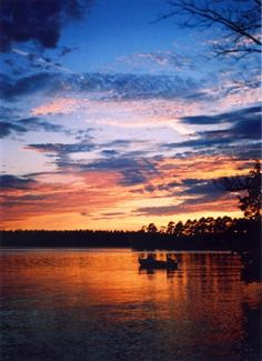 Lake Kagawong, Manitoulin Island, Ontario, We kayaked on this lake. Beautiful Sunset, Beautiful Places, Wow Image, Manitoulin Island, Discover Canada, Water Island, Great Memories, Great Lakes, Quebec