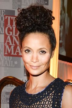 Thandie Newton took her style to new heights at the Hope Rising! Benefit Concert at Roy Thomson Hall in Toronto, Canada in this naturally curly topknot.