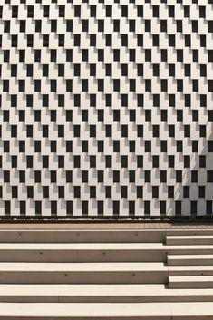 Franco Fontana, Milano, 2015, Robert Klein Gallery