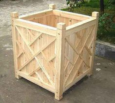 Chippendale Wood Planter  can buy a lot of different sizes