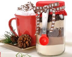 Nothing says holiday like homemade! Give the gift of warmth this winter with these DIY cappuccino mix jars, wrapped with our FREE decorative hang tags.