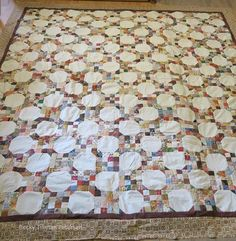 Who said snowballs need to be cold? This delightful winter quilt will keep you as warm as can be this winter.
