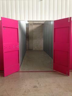 www.todokb.com trastoeros o minialmacenes en alquiler en Pamplona para profesionales y particulares. Módulos privados desde 1m. Self storage, guardamuebles.