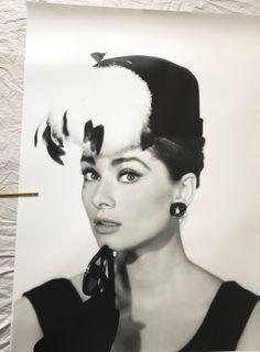 "Gorgeous HUGE 60x40"" inches / 152 x 101 cm silver gelatin print Audrey Hepburn Breakfast At Tiffany's"