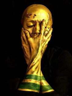 #Brasil2014 World Cup 2014: London artist turns herself into the trophy with staggering results