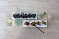 Tapa de calamares a la romana (piratas), tacos de salmón y la pareja perfecta: Vichy Catalan Orange & Lemon. En el restaurante Xiroi Ca la Nuri (Barcelona). #food #foodies