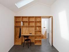 Inbouwkast met bureau