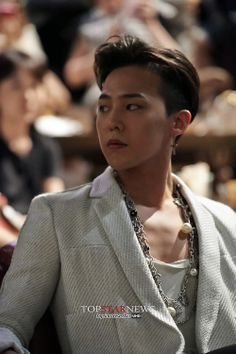 140604 G-Dragon at CHANEL 2013/14 'Paris-Dallas Metiers d'Art Collection' Show in Tokyo