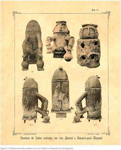 Urnas funerárias de povos indígenas extintos e curiosos ídolos de barro e pedra da região amazônica