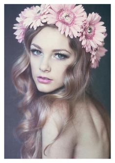 A Portrait of Beauty by Emily Soto, via Behance. Sweet vibe with the floral headpiece. Photoshoot Inspiration, Makeup Inspiration, Makeup Ideas, Foto Fantasy, Portrait Photography, Fashion Photography, Learn Photography, Editorial Photography, Glamour Photography