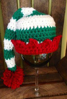 The Dainty Daisy: free new born elf hat pattern