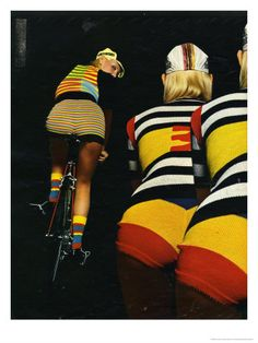Girls Cycling in Knitted Gear — if female cyclists were wearing this, the sport would def get some more attention :-) Cycling Wear, Cycling Girls, Bicycle Women, Bicycle Girl, Vintage Cycles, Female Cyclist, Cycle Chic, Sexy, Bike Art