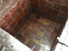 RECUPERANDO EL ALJIBE Tile Floor, Sink, Flooring, Texture, Home Decor, Sink Tops, Surface Finish, Vessel Sink, Decoration Home