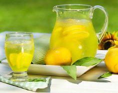 So können Sie Ihren Körper entwässern: So hilft Vitamin C gegen Wassereinlagerungen ...