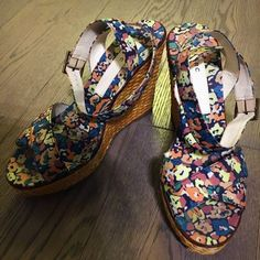 aa3fc40844ba 🈹️Marc By Marc Jacobs 🌻🌺Wedge Sandals