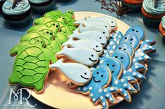 Under the Sea themed birthday party // Iced sugar cookies // Boy's first birthday // by Mandy Ringe Photography