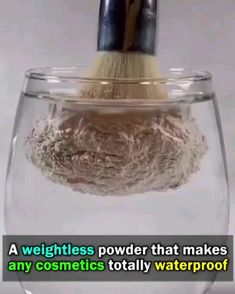 So, you can now always ready for a shine-free snap! Miracle Mattifying Setting Powder is like a magic wand in your makeup bag. This weightless powder instant Beauty Make Up, Beauty Care, Beauty Skin, Diy Beauty, Beauty Hacks, Beauty Tips, Homemade Beauty, Beauty Products, Natural Products