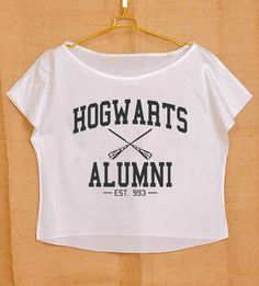 Ce crop-top « Hogwarts Alumni » :