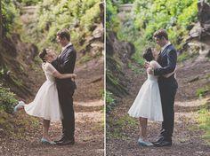 Summer wedding at Scotney Castle. Wedding photographer in Kent.
