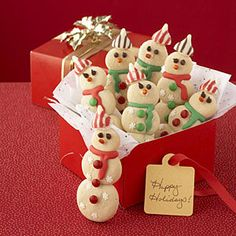 Recipes for Christmas sweets | Cute Snowman Cookies |