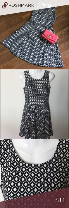 """H&M Dress, Skater/Fit & Flare, Black & White Print Like new H&M black & white diamond print skater/fit & flare dress. No flaws.  Length 33"""". Polyester & elastane. Can wear round with or without a cardigan, jean jacket, blazer. Clean, non-smoking home. I launder all clothes before packaging & package to protect your purchase. Shipping is same or next day. Currently 30% Discount. H&M Dresses"""
