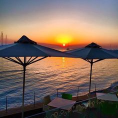 Boutique hotel in the heart of Kos town, with an amazing sea view. Two times winner of Condé Nast Traveler's 'Best hotels of the world' award. Romantic Dinners, Coffee Shops, Cafe Bar, Best Breakfast, Restaurant Bar, Best Hotels, Kos, Greek, Patio