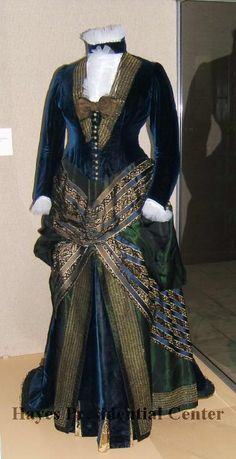 Lucy Hayes' Gown (image 1) | American; New York | Designer: Maria E. Dick | 1877-1881 | velvet, beading, ribbons | Rutherford B. Hayes Presidential Center | Object #: 1914.872.1A-B