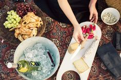 The perfect summer picnic platter from Style Society Contributor Ann Street Studio #Eccodomanicelebration