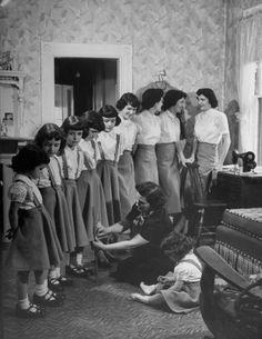 The O'Neil sisters, Boston 1952 | Photographer Spotlight: Nina Leen | LIFE.com