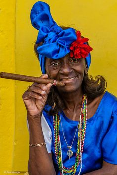 Do you have a light? - Havana, Cuba | por Phil Marion
