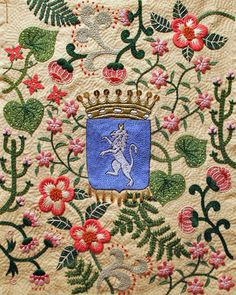 Embroidered coat of arms I Yumiko Higuchi Embroidery Art