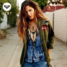 Nuestras prendas con acabado #TieDye hacen que cada diseño sea único Emoticono wink #ROXY #Colombia #Outfit #Chicas