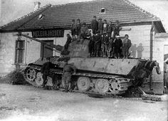 Panzerkampfwagen VI Tiger II Ausf. B (Sd.Kfz. 182) Nr. 334 (331a)   Flickr…