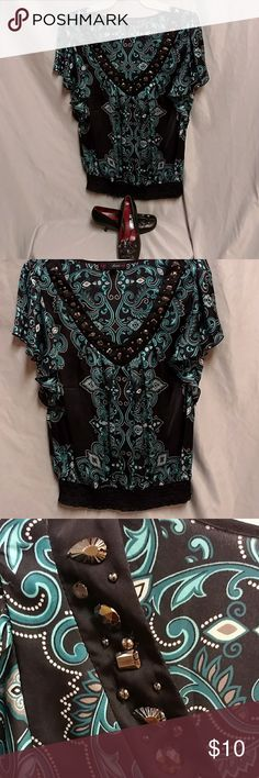 ❤️- HeartSoul HeartSoul blouse very flowing, including the sleeves. This is very pretty. HeartSoul Tops