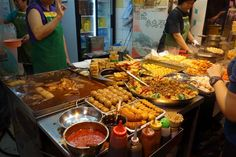 Hong Kong Street Food.....I know where this place is at!!!