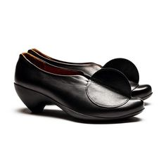 Black leather rubber sole heel with semi circle women