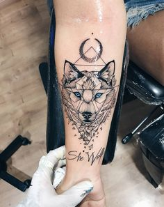 Image about blue in Tattoos 🔱✴⭐⁉ by Renata on We Heart It Neue Tattoos, Body Art Tattoos, Small Tattoos, Tatoos, Temporary Tattoos, Wolf Tattoos For Women, Tattoos For Guys, Wolf Tattoo Sleeve, Sleeve Tattoos