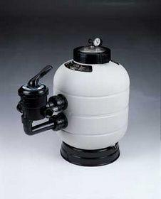 Filtro Milenium Filtro de arena soplado, con salida lateral, equipado con manómetro y purgas de aire. Encuentralo en www.tiendapiscinasonline.es