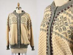 Dale Norwegian Knitting, Vintage Knitting, Metal Buttons, Vintage Sweaters, Wool Cardigan, Vests, Men Sweater, Trending Outfits, Sleeves