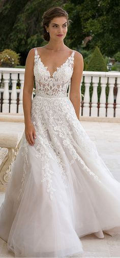Marvelous Tulle V-neck Neckline See-through A-line Wedding Dresses With Lace Appliques