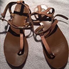 8ae89e993 Used Tory Burch sandals
