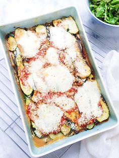 Vegetarische lasagne recept zonder koolhydraten maar boordevol lekkere groente zoals courgette, aubergine. De lasagne is licht en eenvoudig te maken. Recept