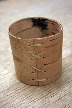 Making birch bark containers: http://www.bushcraft.ridgeonnet.com/birchcontainer.htm