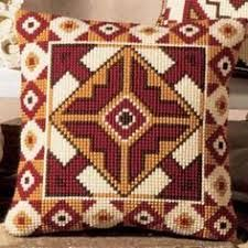 Inverse Geometric Cross Stitch Cushion Kit By Vervaco Motifs Bargello, Bargello Patterns, Crochet Cushions, Tapestry Crochet, Cushion Embroidery, Hand Embroidery, Cross Stitch Designs, Cross Stitch Patterns, Cross Stitching